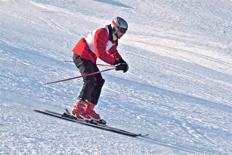 Slidinėjimas su snieglente arba slidėmis ant Kalitos kalno Anykščiuose