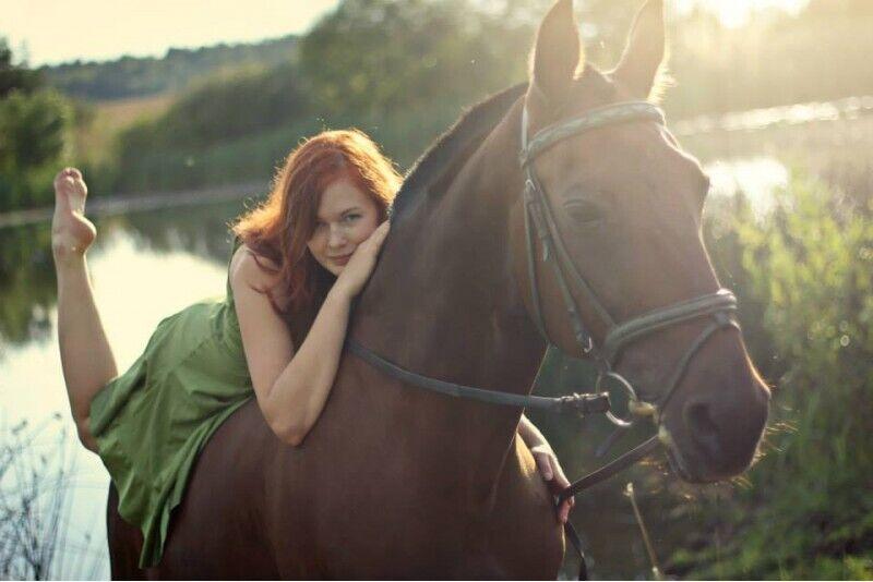 Įsimintina fotosesija su žirgu Panevežyje