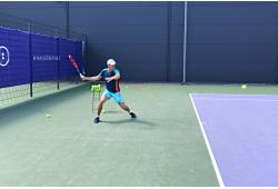 Lauko teniso pamoka vasarą SEB Arenoje arba Delfi sporto centre Vilniuje