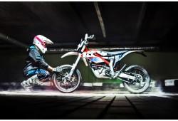 Pasivažinėjimas elektriniu motociklu trasoje 1 asmeniui Vilniuje