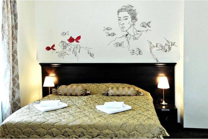 """Romantiška nakvynė dviem Meno viešbutyje """"Bohema"""" Klaipėdoje"""