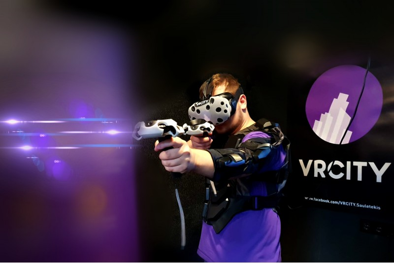 1 val. pramogos virtualios realybės erdvėje VR CITY Vilniuje
