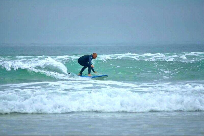 Čiuožimas-surfingas banglente pradedantiesiems Palangoje
