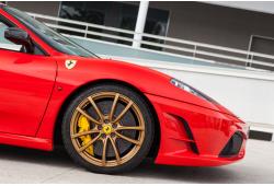 TOP 1: Vairuok Lamborghini Gallardo arba Ferrari F430