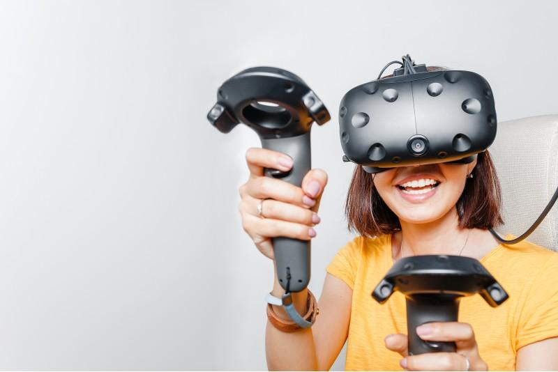 """Apsilankymas virtualios realybės kambaryje """"VRon"""" Panevėžyje"""