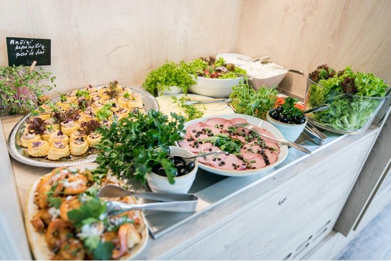 "Brunchas - vėlyvieji pusryčiai restorane ""Prancūzai"" Vilniuje"