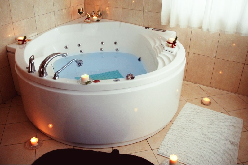 Romantiškas poilsis dviem su sūkurine vonia Trakuose (visus metus)