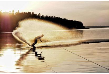 Wakeboarding – pramogos greitaeigiu kateriu Kaune