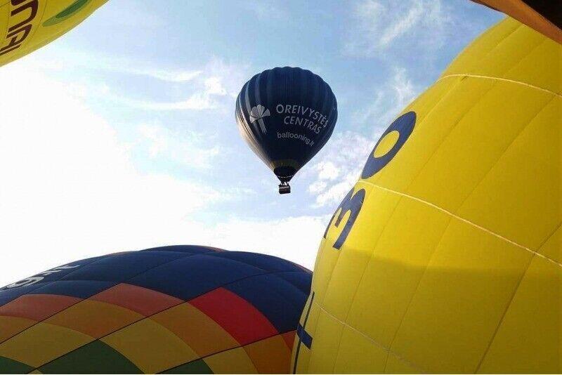 """Skrydis oro balionu virš Alytaus su """"Oreivystės centru"""""""
