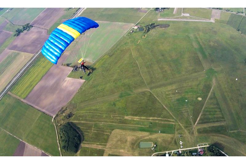 Šuolis sparno tipo parašiutu su filmavimu Marijampolėje