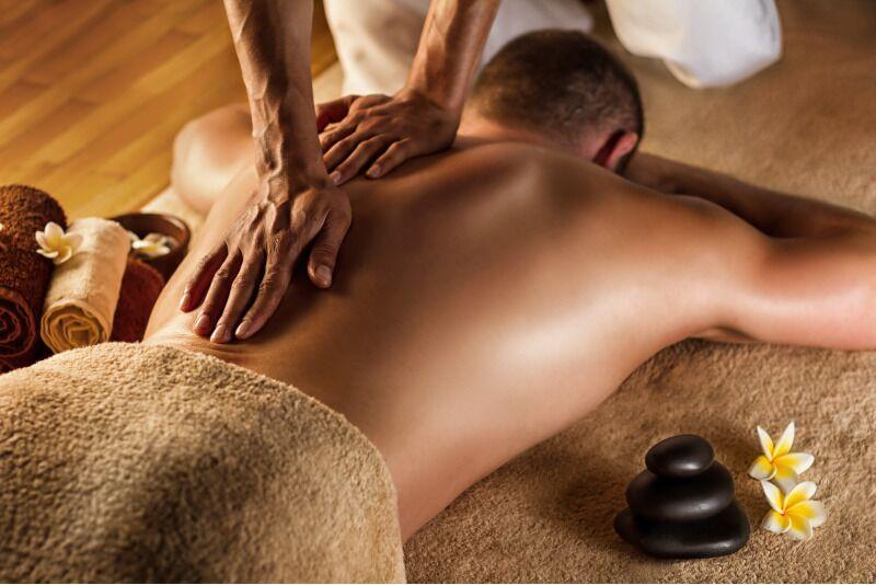 Atstatomasis nugaros, pečių, kaklo masažas Klaipėdoje
