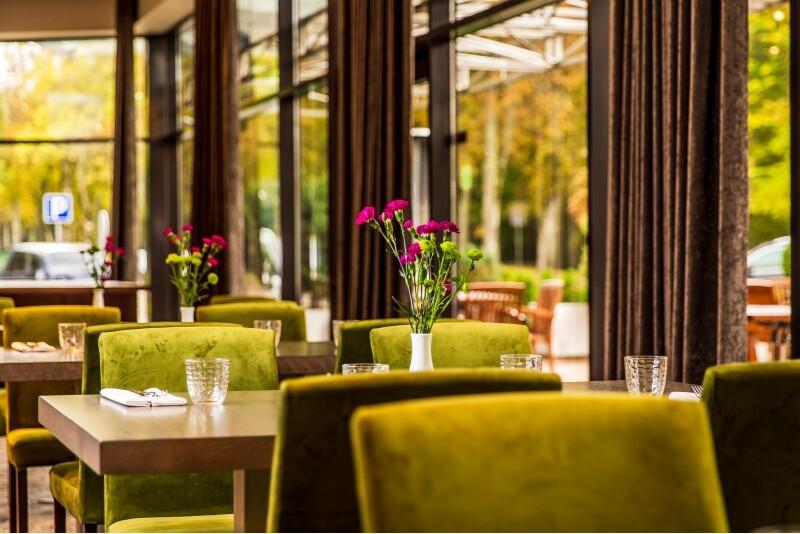 """Romantiška vakarienė """"Gabijos"""" viešbučio restorane Palangoje"""