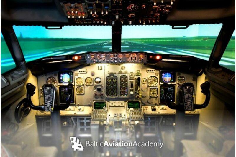 Ekstremalus realaus skrydžio Boeing 737 simuliatoriaus pilotavimas Vilniuje