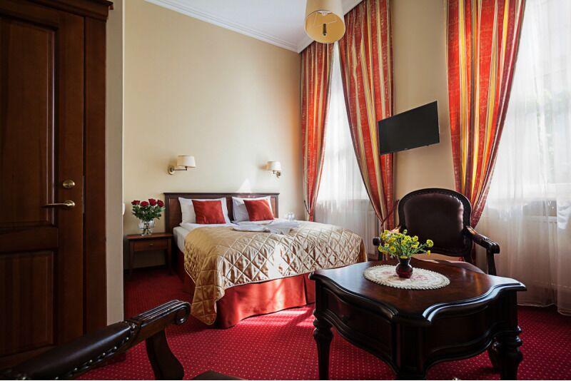 """Romantiškas vakaras dviem viešbutyje """"Conviva"""" Panevėžyje"""