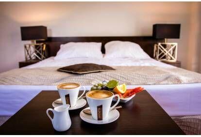 """Romantiškas savaitgalio poilsis dviem viešbutyje """"Dwor Elizy"""" Lenkijoje"""