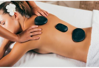 """Aromaterapinis karštų akmenų masažas kūnui """"Terapika"""" Kaune"""