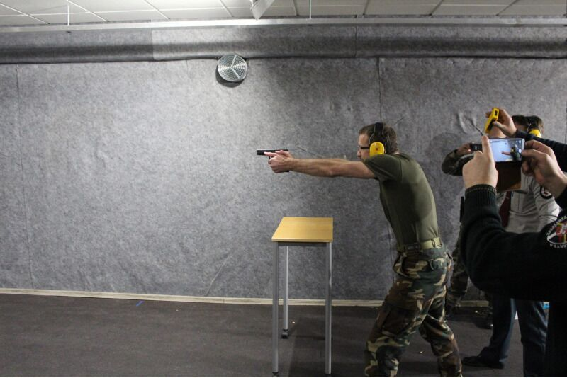 Šaudymas 3 koviniais ginklais ,,Tiras 365'' šaudykloje Klaipėdoje