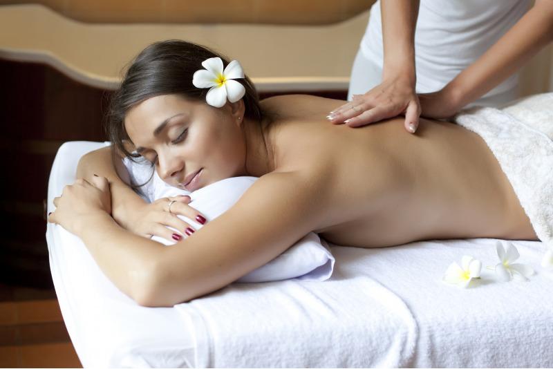 """Atpalaiduojantis nugaros masažas """"FiguraGym"""" Utenoje"""