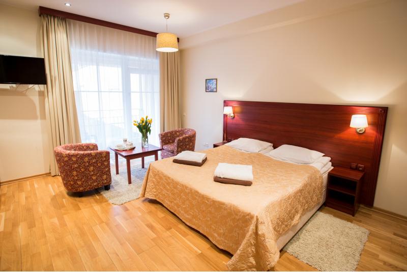 Nakvynė dviem šeimyniniame kambaryje 4* viešbutyje Birštone