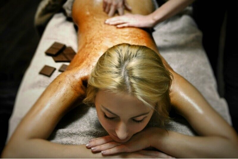 """Atpalaiduojantis šokolado masažas """"Amadėja SPA"""" Klaipėdoje"""
