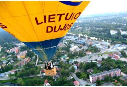 skrydis-oro-balionu-virs-pasirinkto-miesto