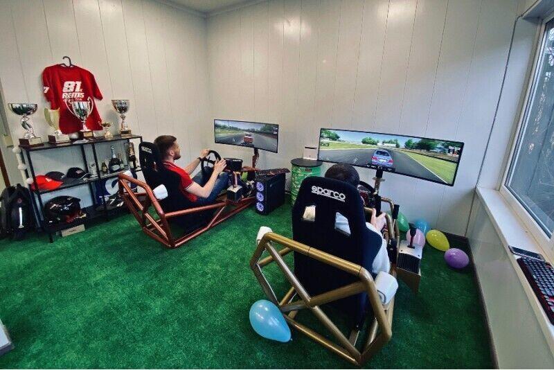 Sportinių automobilių simuliatoriaus vairavimo abonementas