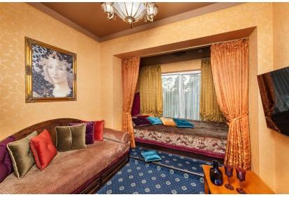 """Nakvynė su masažais ir VIP baseino ir pirties erdve """"Sofijos rezidencijoje"""" Birštone"""
