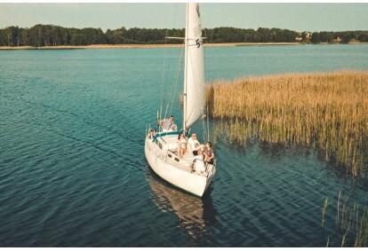 Pasiplaukiojimas jachta Skaisčio ežere