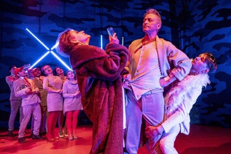 Apsilankymas pasirinktame Alytaus miesto teatro spektaklyje