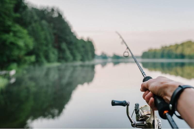 Savarankiška žvejyba motorine valtimi