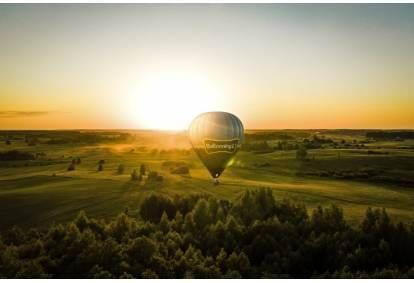 Rytinis skrydis karšto oro balionu Vilniuje arba Takuose