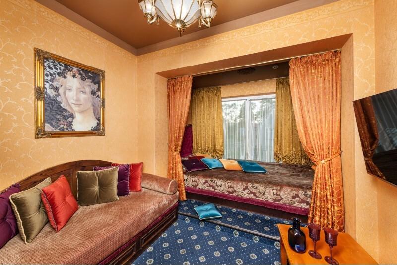 """Nakvynė su masažais ir VIP baseino erdve """"Sofijos rezidencijoje"""" Birštone"""