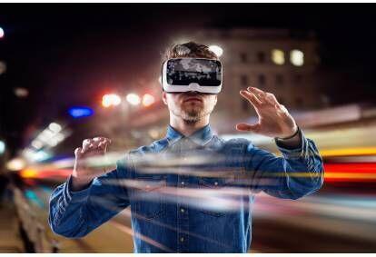Žaidimas virtualios realybės arenoje Klaipėdoje