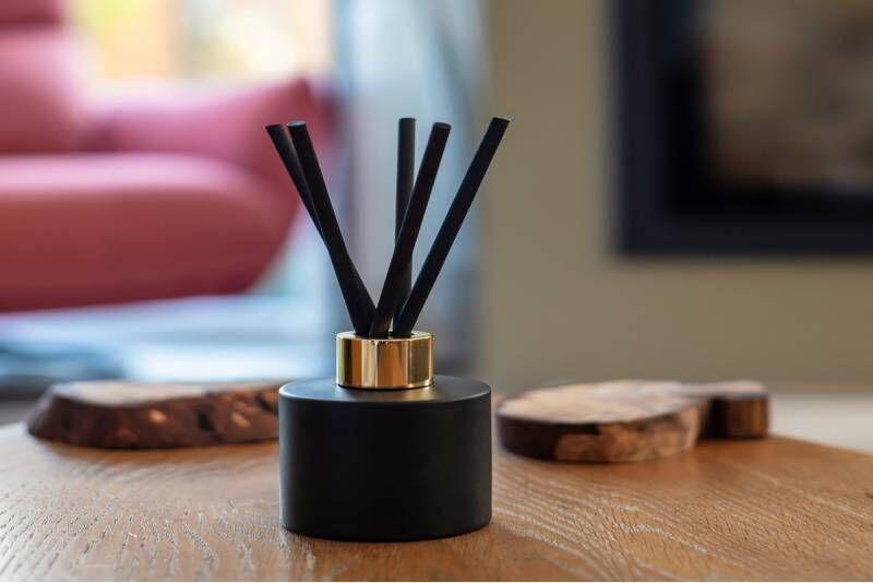 Nuotolinė namų kvepalų kūrimo pamoka