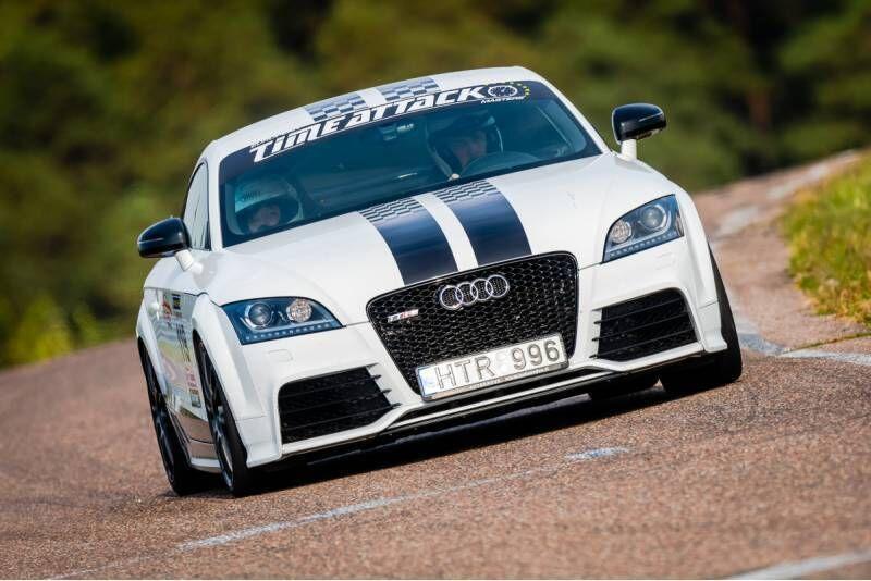 """Ekstremalus pasivažinėjimas su """"AUDI TT RS"""" Nemuno žiedo trasoje"""