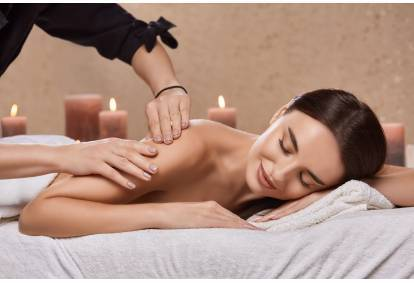 """Aromaterapinis viso kūno masažas masažo namuose """"Nidos kopos"""""""