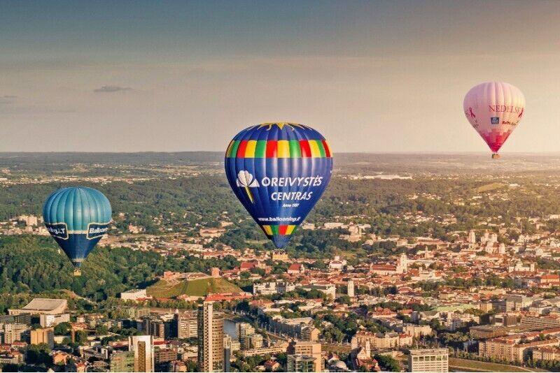 """Skrydis oro balionu virš pasirinkto miesto su """"Oreivystės centru"""""""