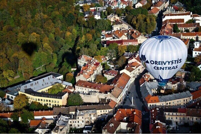 """VIP skrydis oro balionu virš Vilniaus arba Trakų su """"Oreivystės centru"""""""