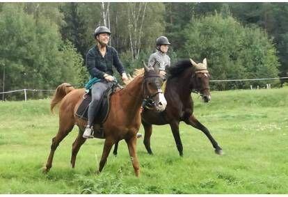 Jodinėjimas žirgais Trakų apylinkėse