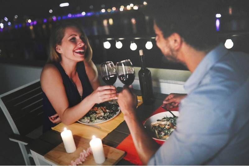 Romantiškas pasimatymas su vakariene dviem Vilniuje