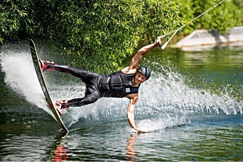 "Čiuožimas vandenlente ""Splash wake park"" Vilniuje"