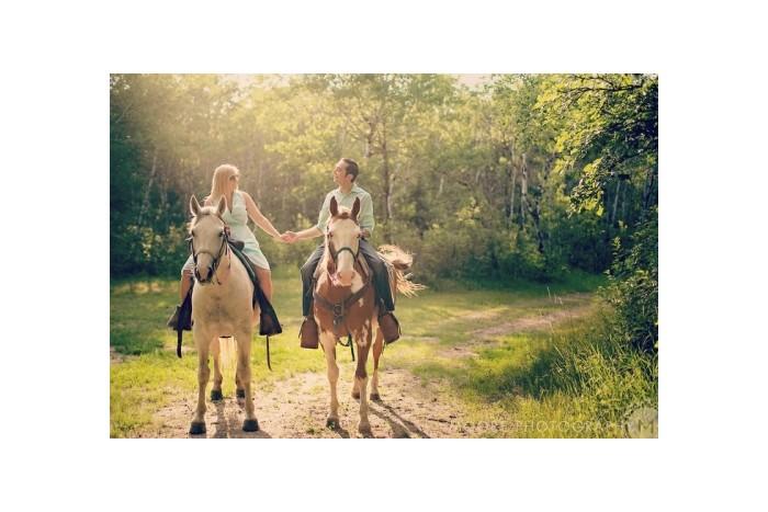 Romantiška išvyka dviems žirgais į Kryžių kalną