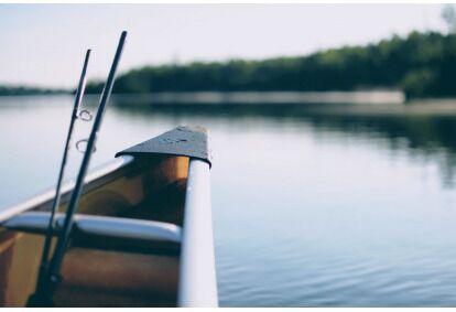 Poledinė žvejyba sodyboje Arvyduose