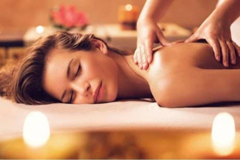 """Klasikinis nugaros masažas """"Harmony SPA"""" centre Telšiuose"""