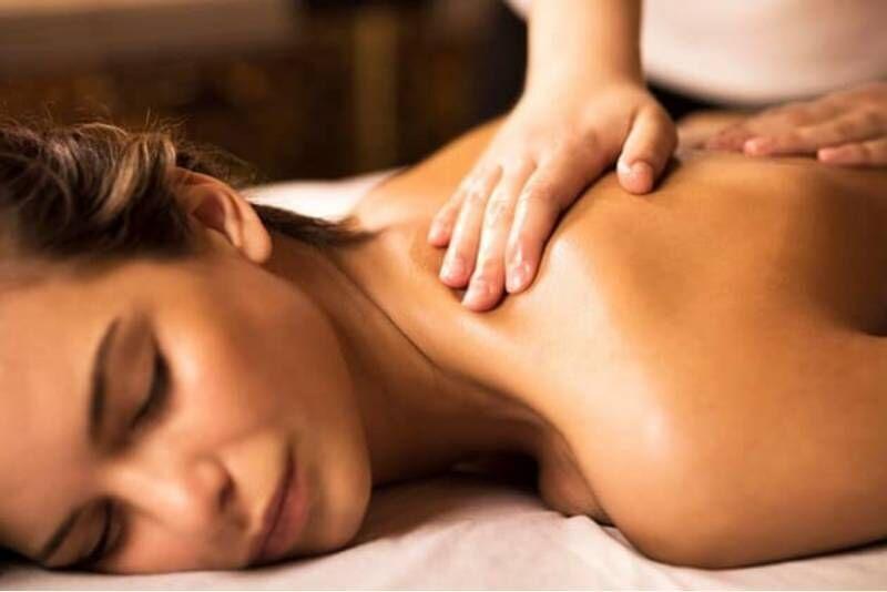 """Atpalaiduojantis viso kūno masažas """"Harmony SPA"""" centre Telšiuose"""