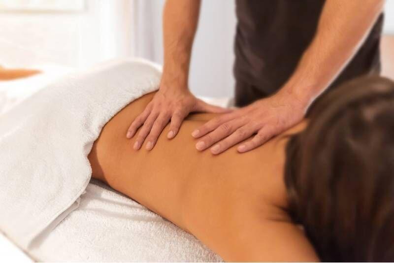 """Giliųjų audinių nugaros masažas """"Harmony SPA"""" centre Telšiuose"""