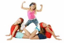 Aerobinės gimnastikos abonementas mergaitei Alytuje