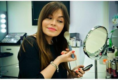 "Makiažo SAU pamoka grožio studijoje ""Beauty Business"" Klaipėdoje"