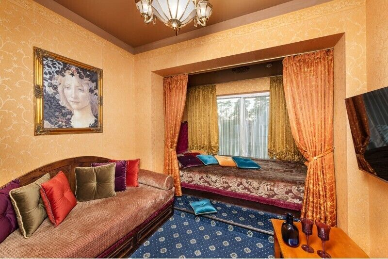 """Nakvynė su VIP baseino erdve ir masažais dviem """"Sofijos rezidencijoje"""" Birštone"""