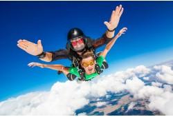 Tandem šuolis parašiutu su instruktoriumi Klaipėdoje